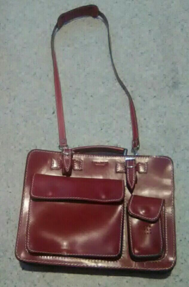Vera Pelle purse