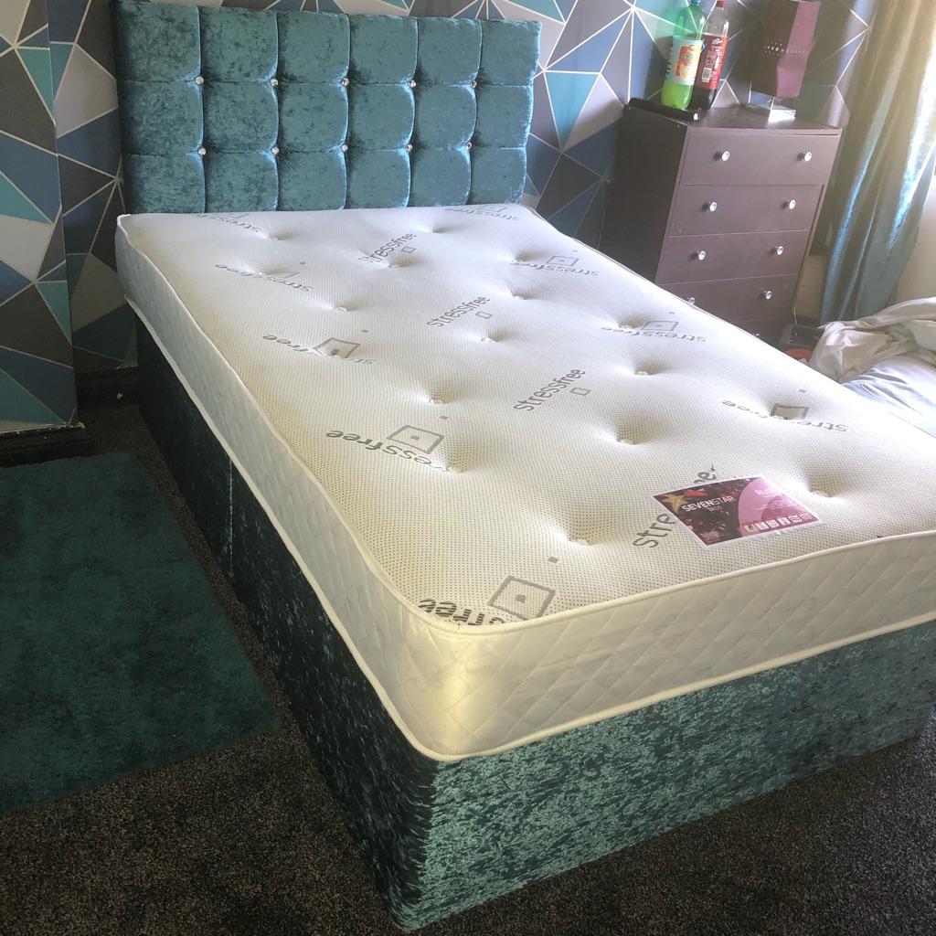 BRAND NEW! CRUSHED VELVET BED + MATTRESS