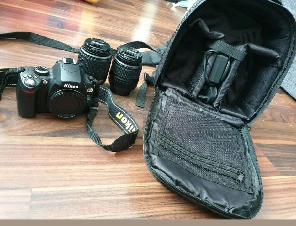 Nikon d60 camera with 2 lenses and bag