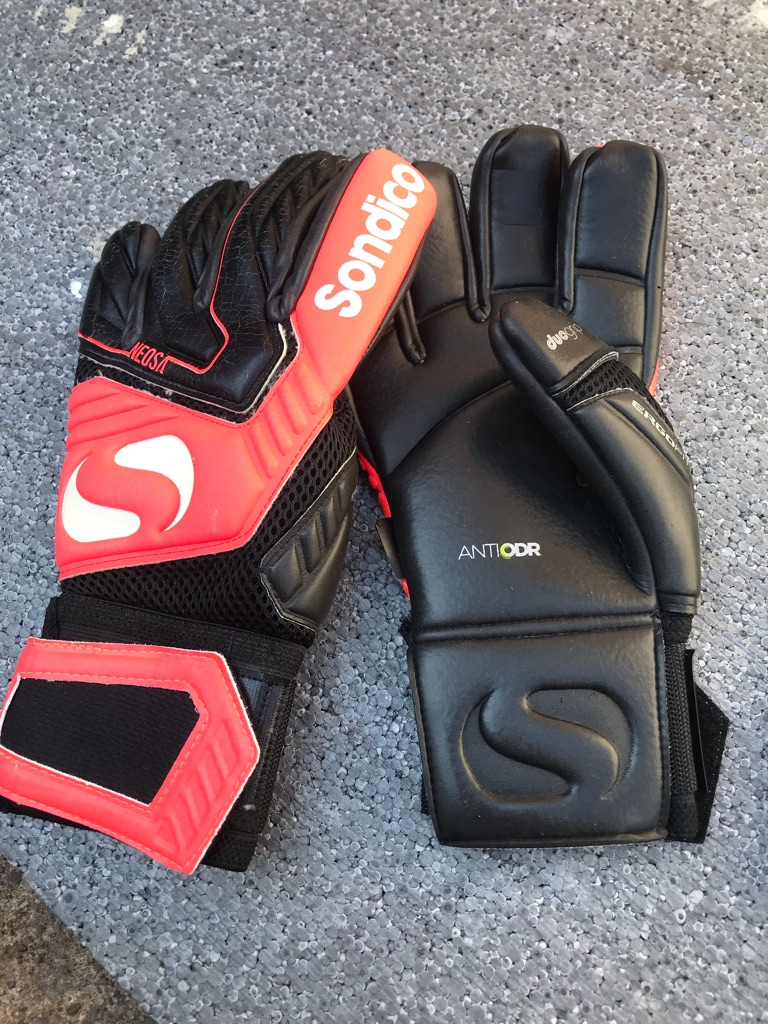 Sandico Neosa Goalkeeper Gloves Neo Red/Black