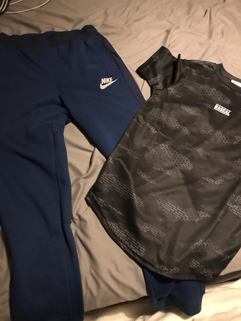 Nike sweatpants blue and black rascal T-shirt 11-12 years
