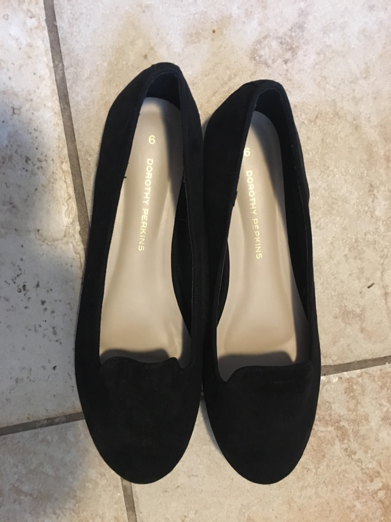 Size 6 women's shoe