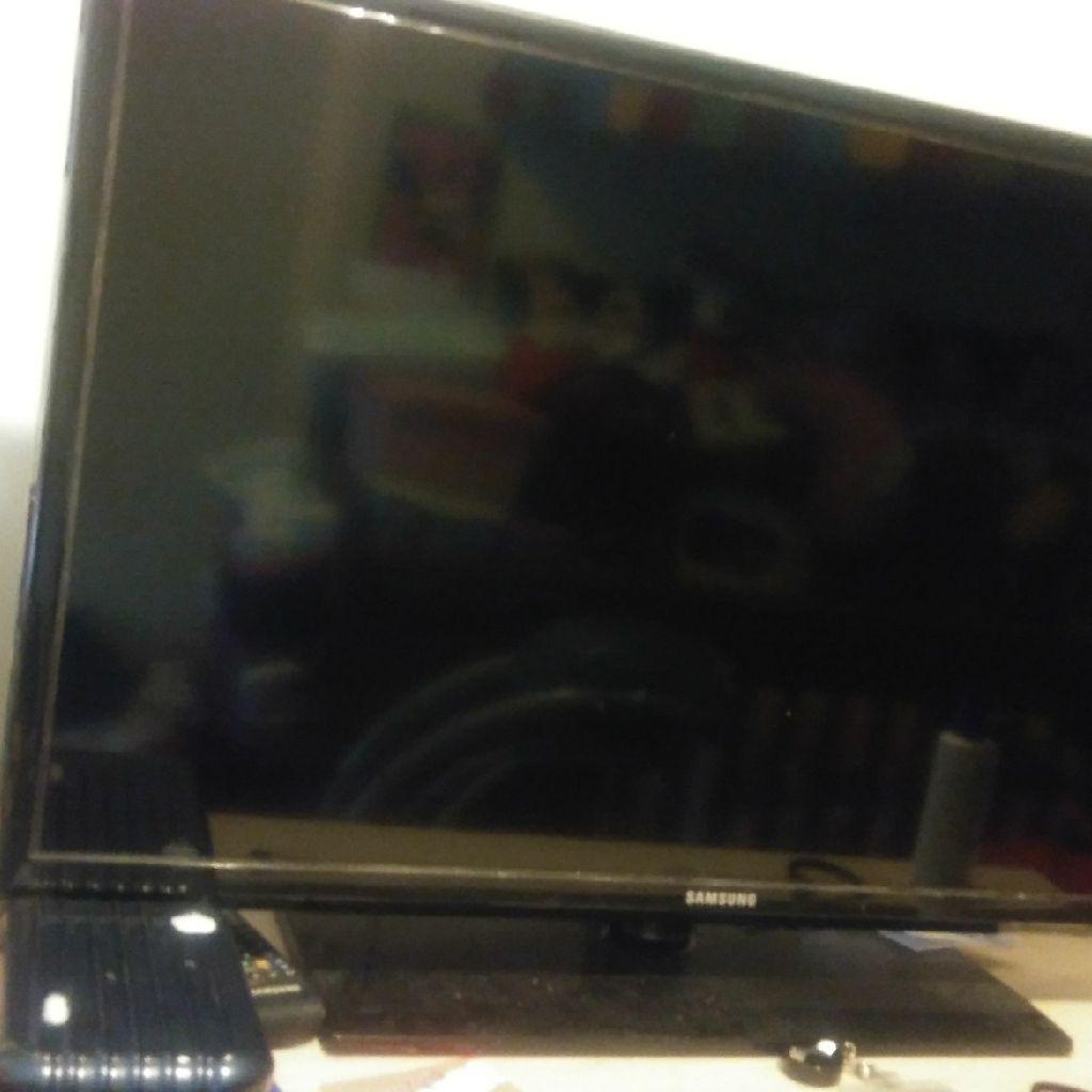 Samsung slat screen tv