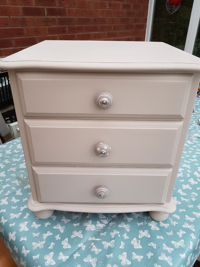 Chest of M&S drawers/bedside drawers