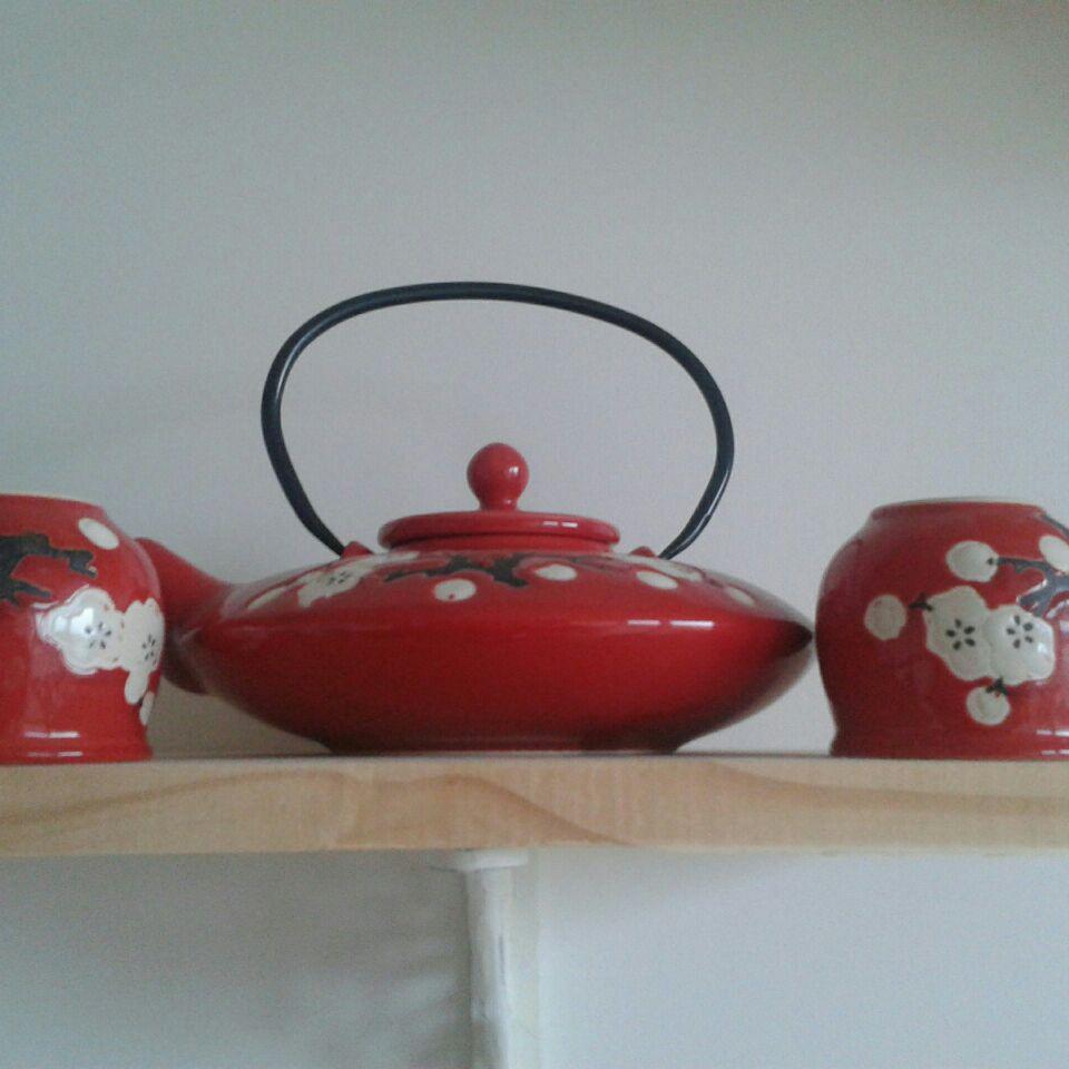 Red Teapot Set