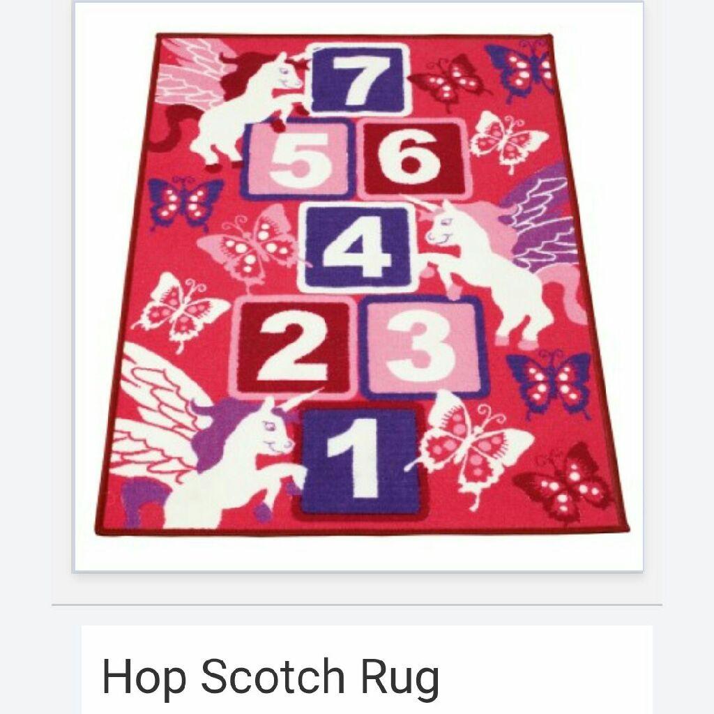 Hop scotch rug
