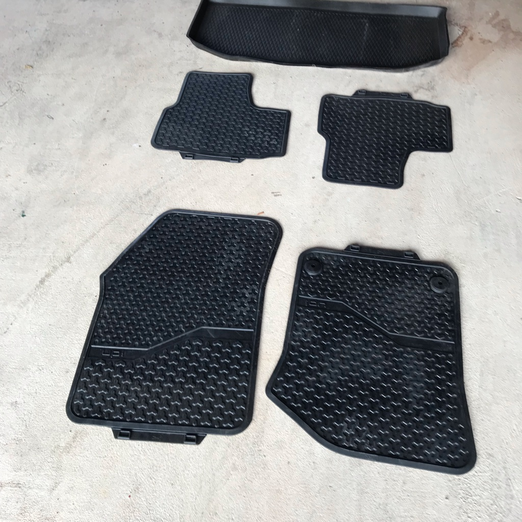 Genuine Up Rubber Mats