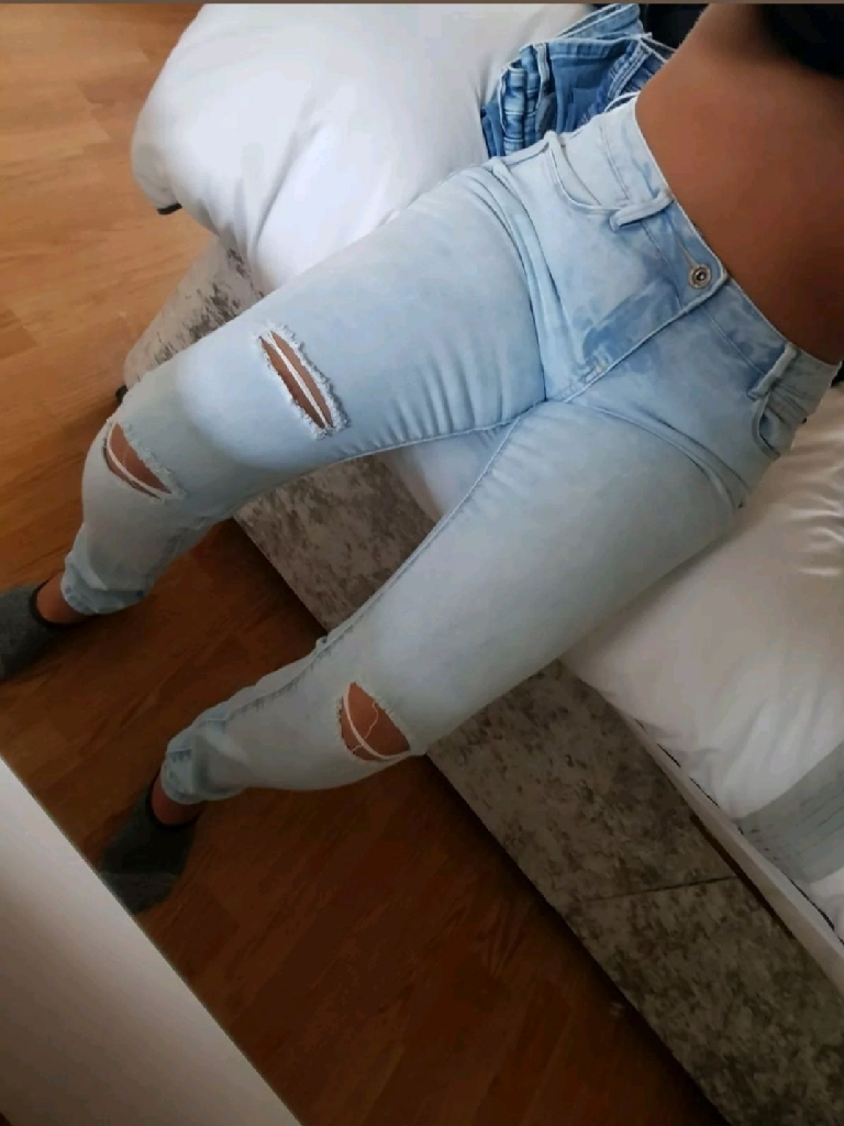 Ladies size 12 new look ripped jeans