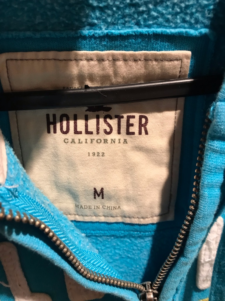 Hollister hoodie Size M