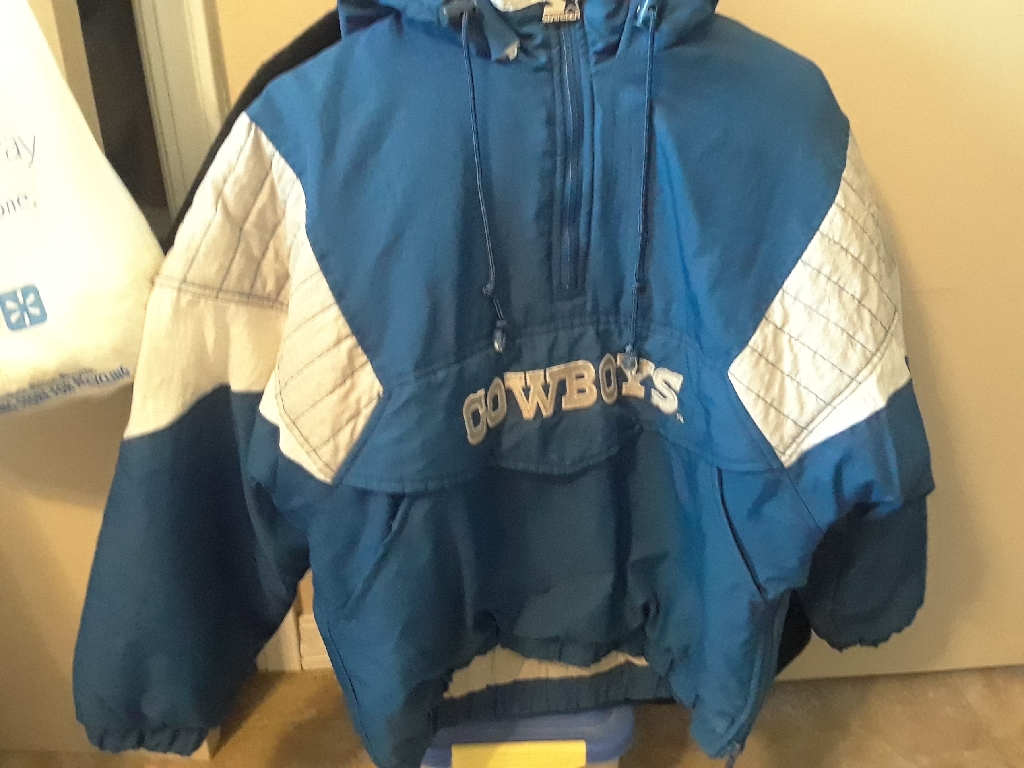 Dallas Cowboys Pullover Starter Jacket