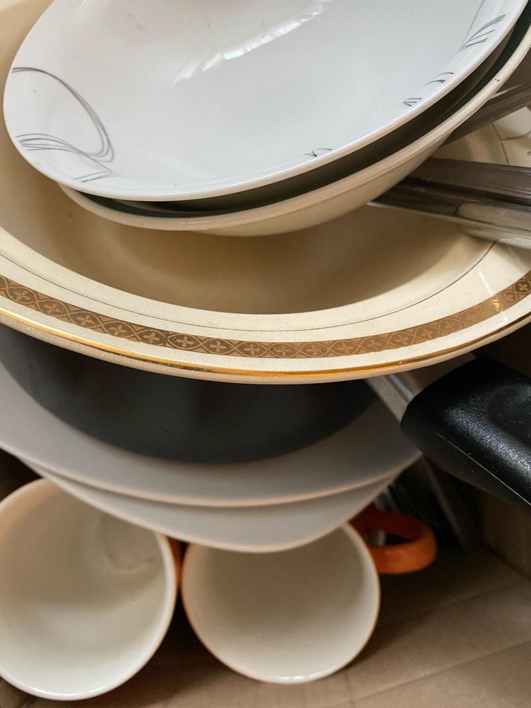 50 plus pice student kitchen set