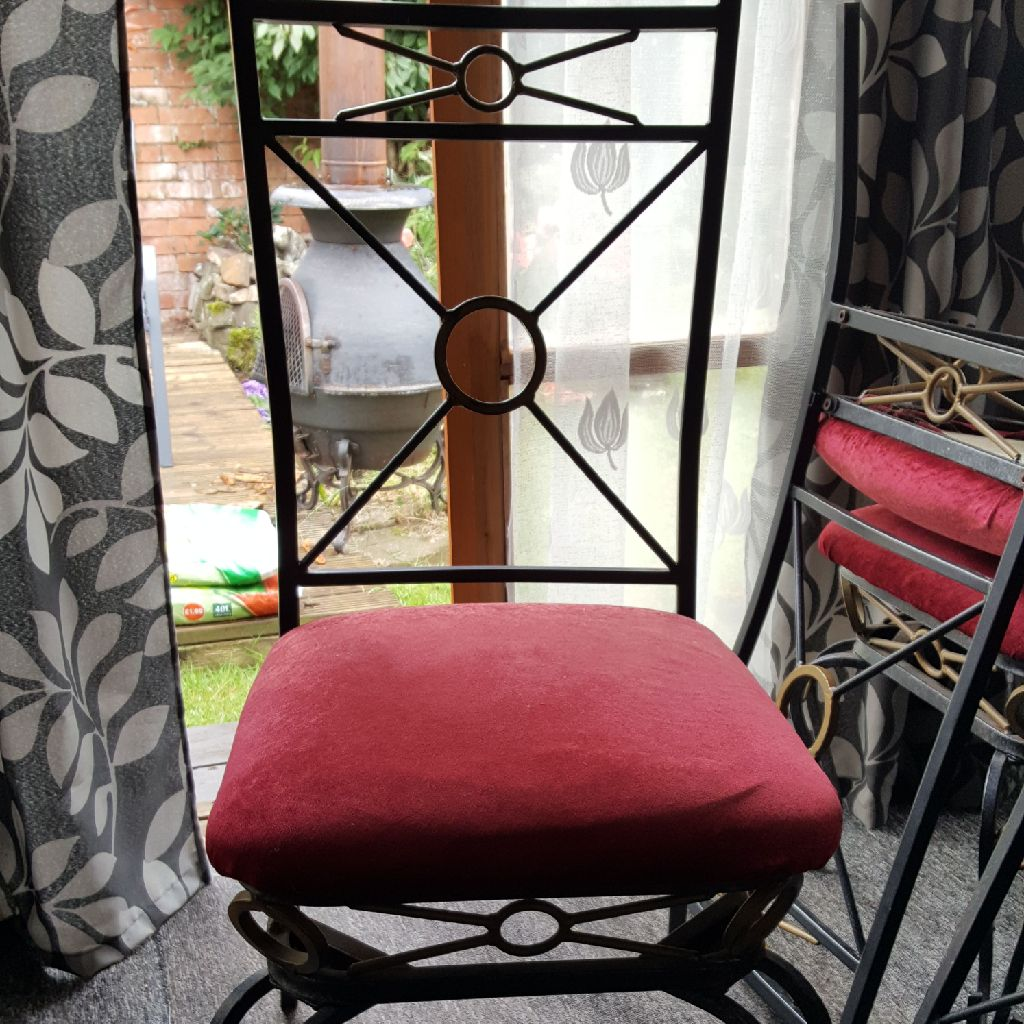 For sale 6 wrought  iron Chairs
