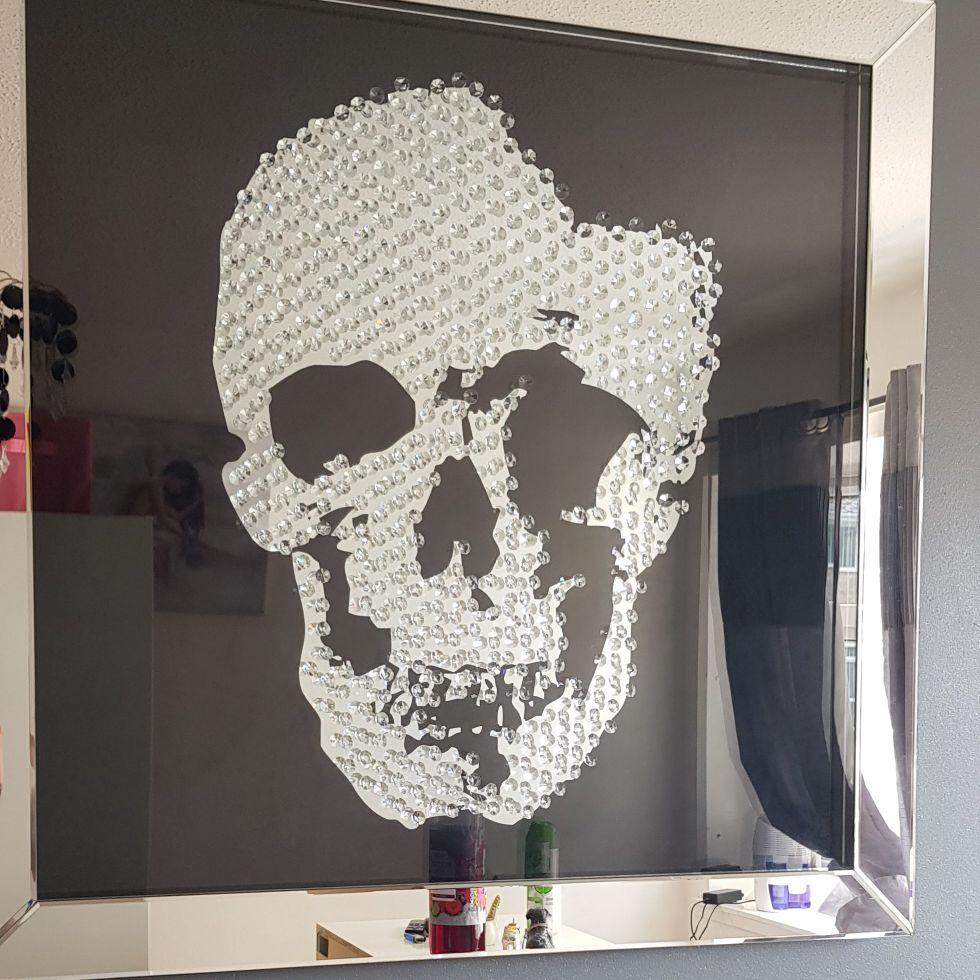 Floating crystal mirror skull photo