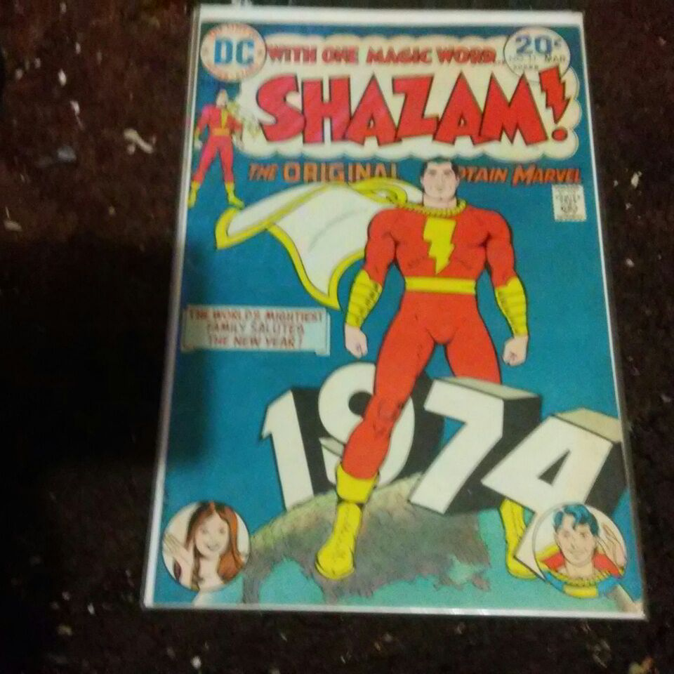 (Shazam) Captain Marvel