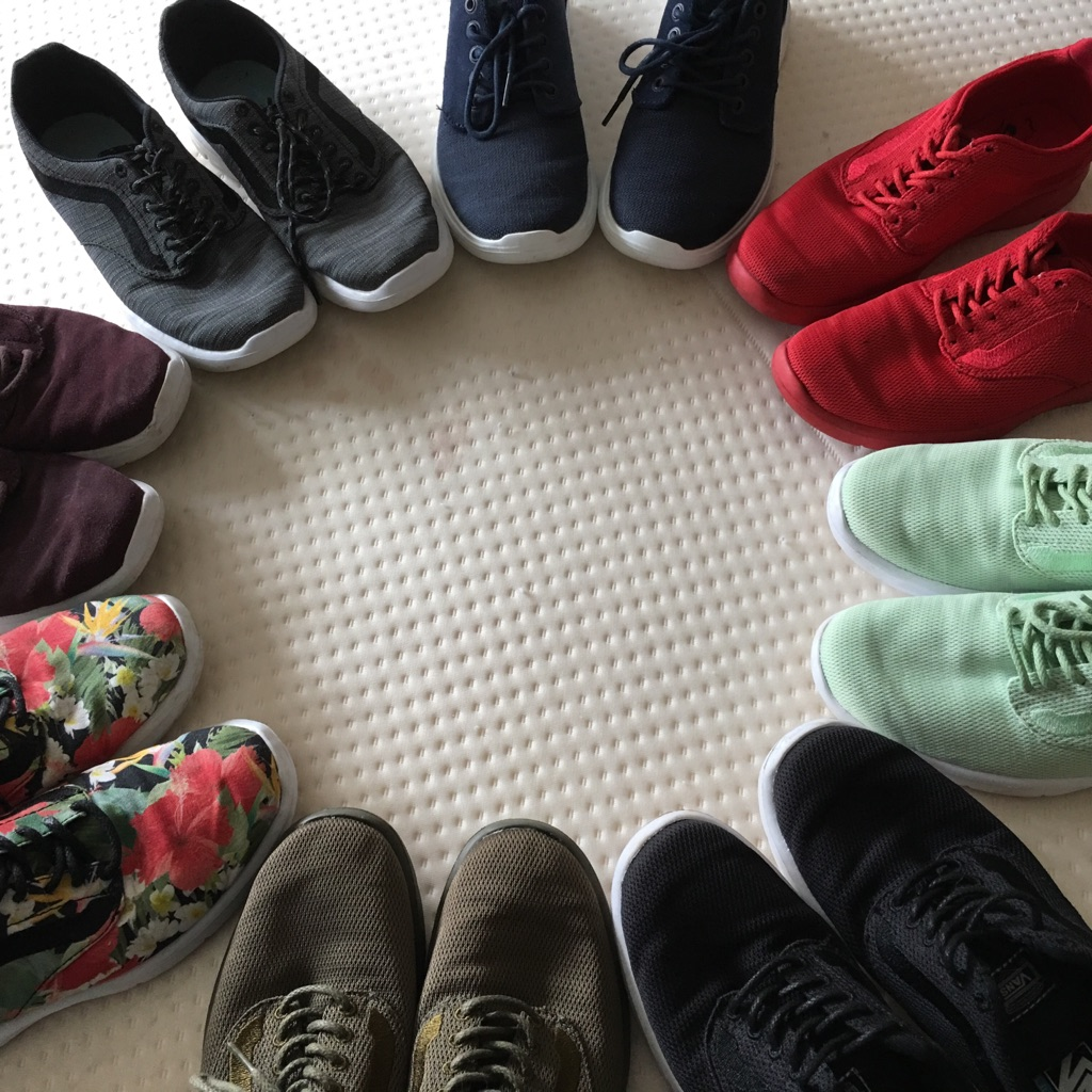 8 pairs ladies Vans trainers