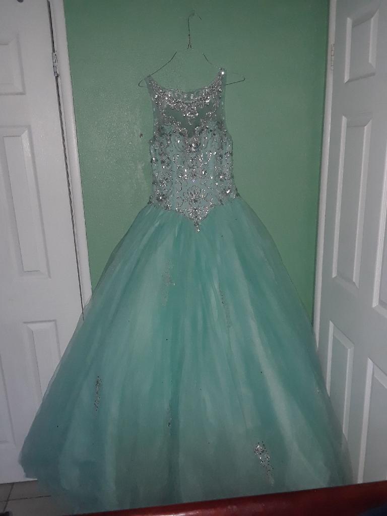 Aque Quincenera Dress