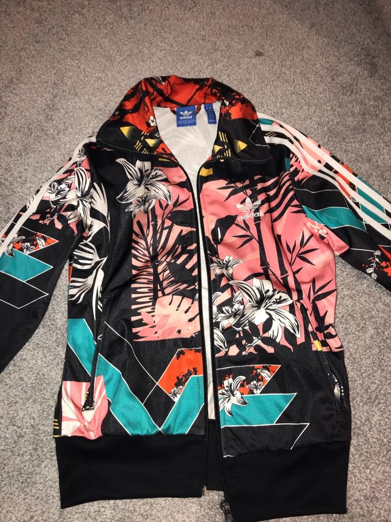 Adidas jacket size 8