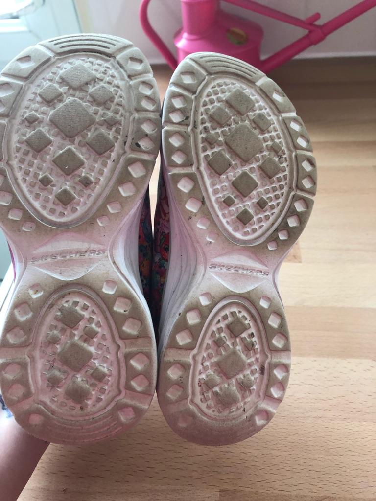 Kiddies genuine Skechers shoe