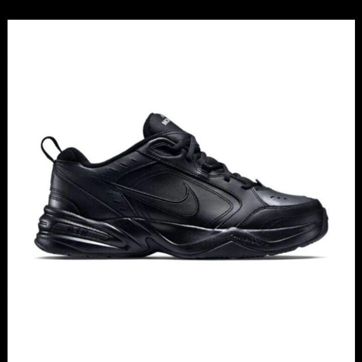 Size 7 mens or womens nikes