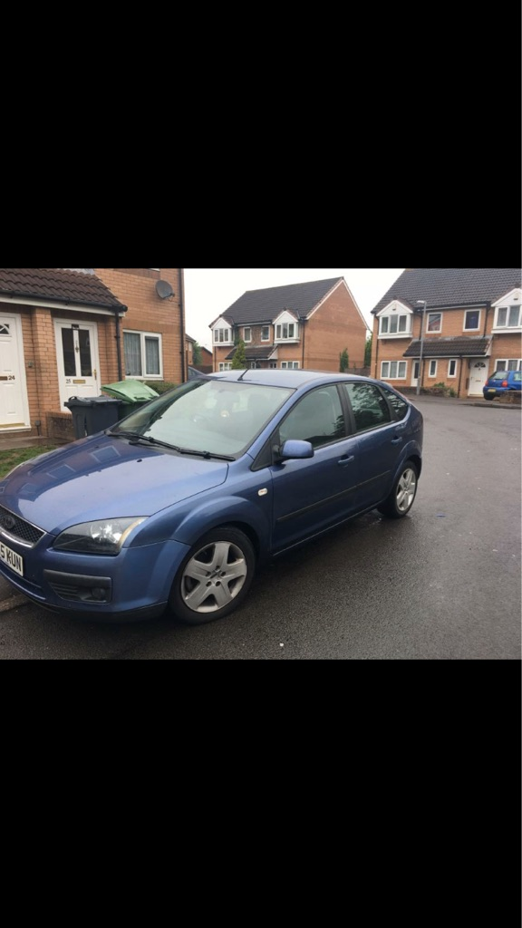 Ford Focus 2005, 1.6 climate