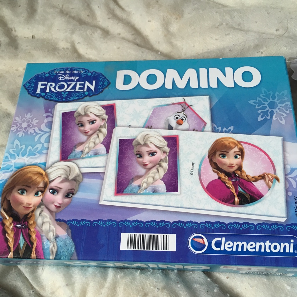 Disney frozen dominos