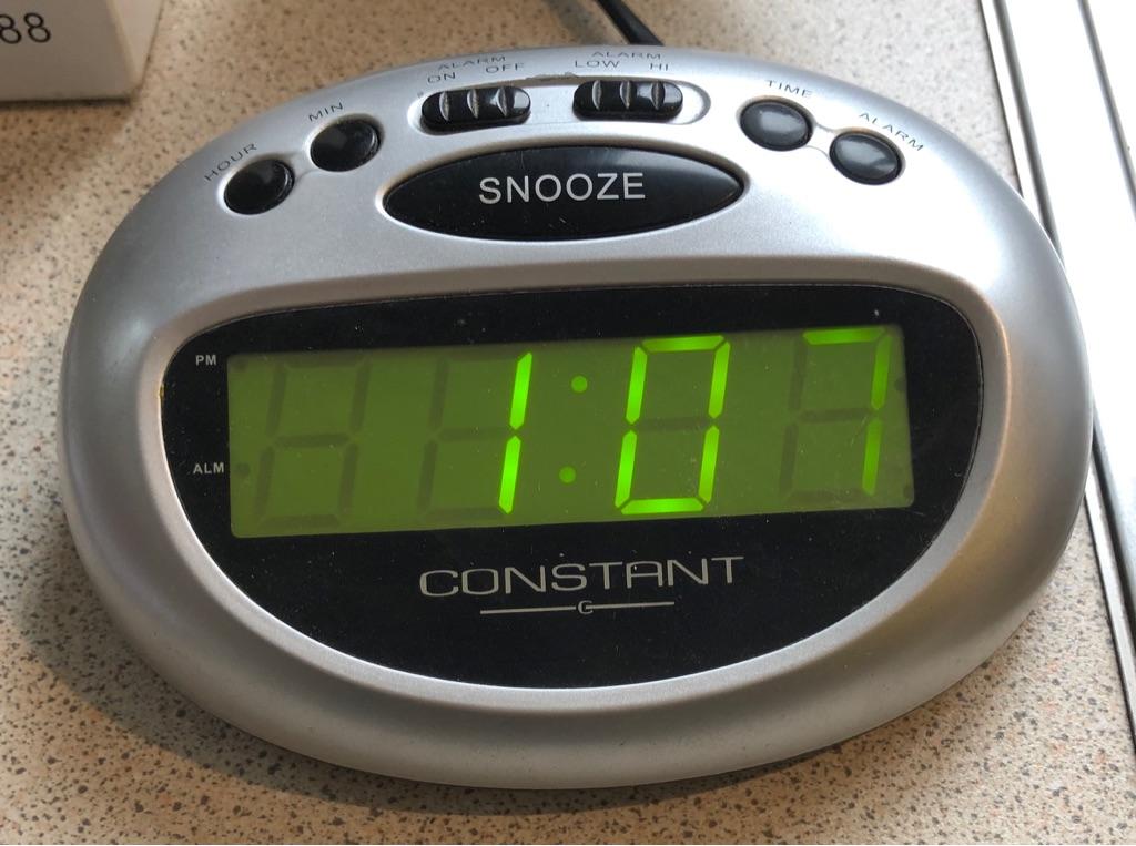 CONSTANT LED ALARM CLOCK