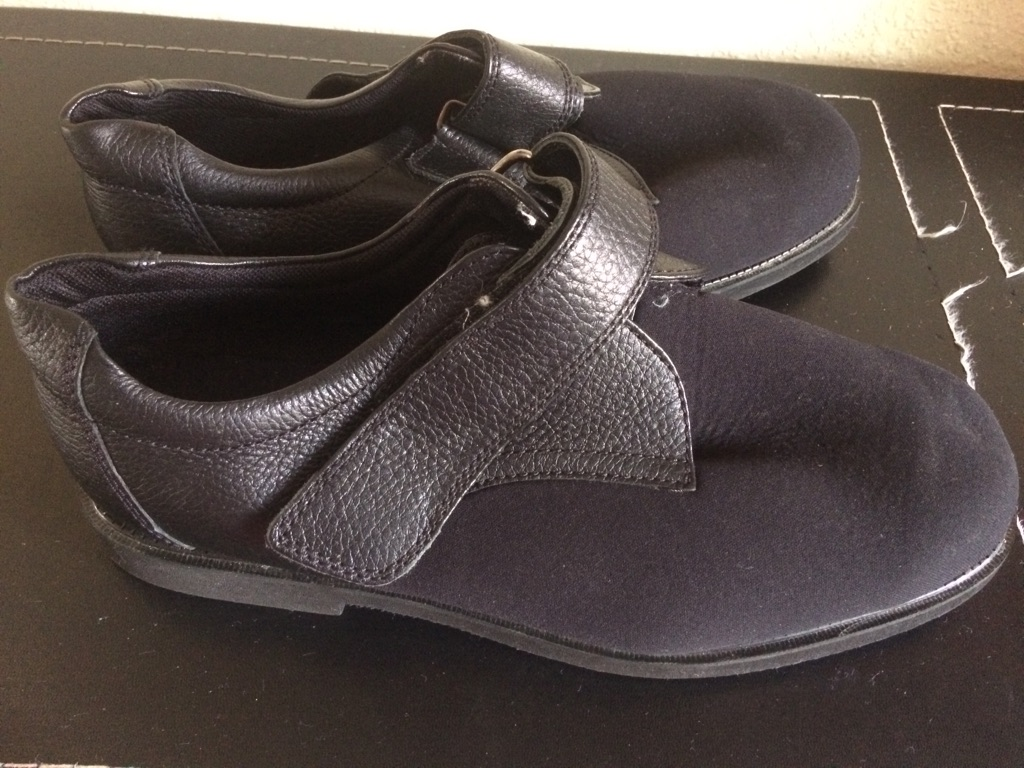 Man shoe size 9