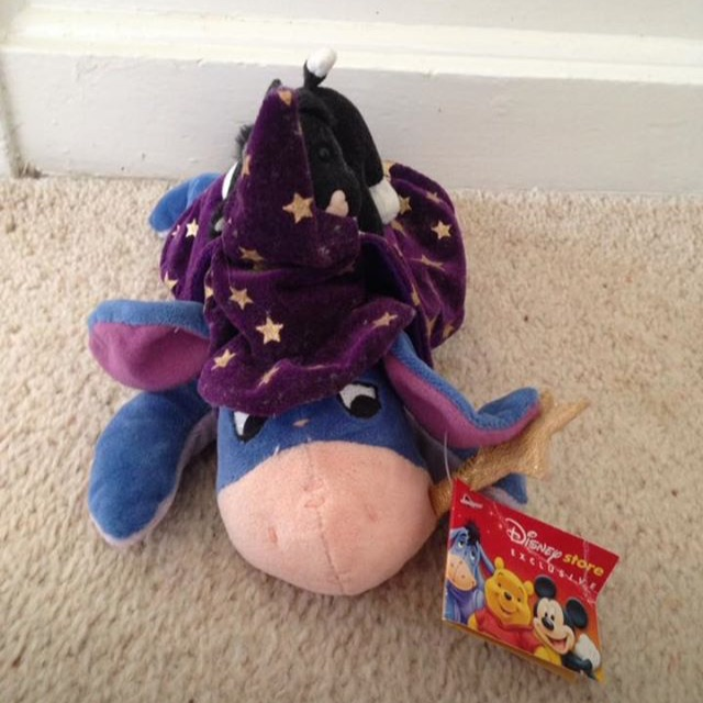 Disney Exclusive Halloween Witch Eeyore Teddy