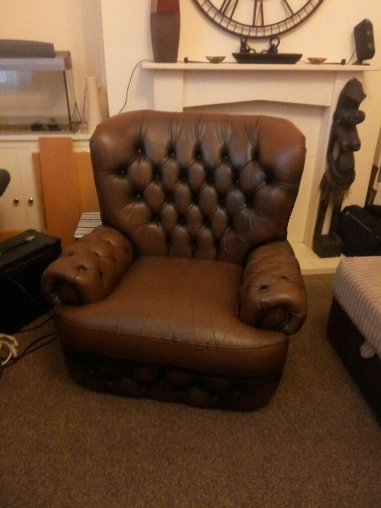 Vintage Chesterfield seat Thomas Loyd