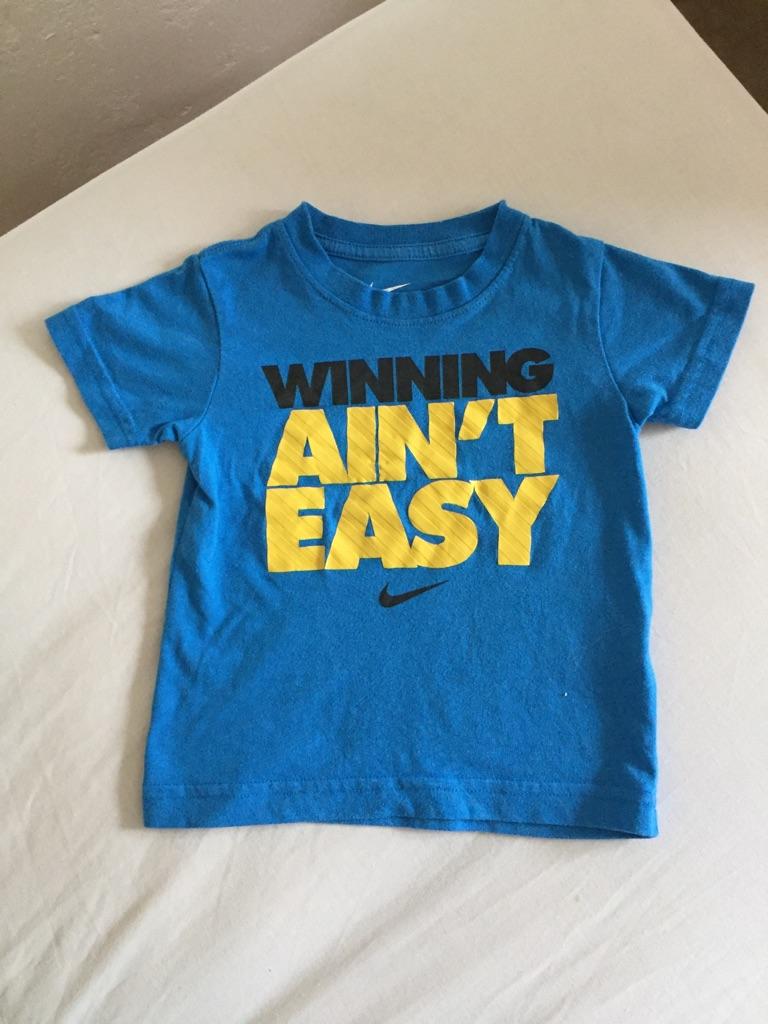 Boys Nike t-shirt.