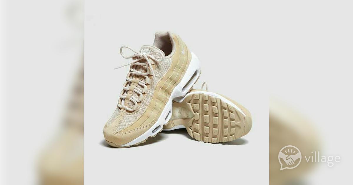 separation shoes 48184 f2c81 WOMEN'S NIKE AIR MAX 95 | Village