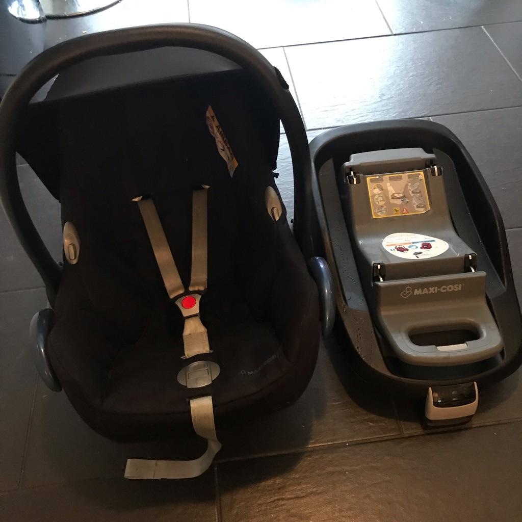 Pebble car seat and isofix base