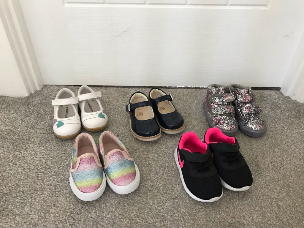 Girls baby size 4 shoes
