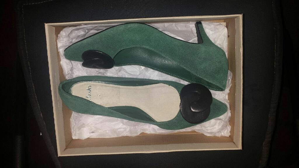 Clarks Size 5 ladies shoes