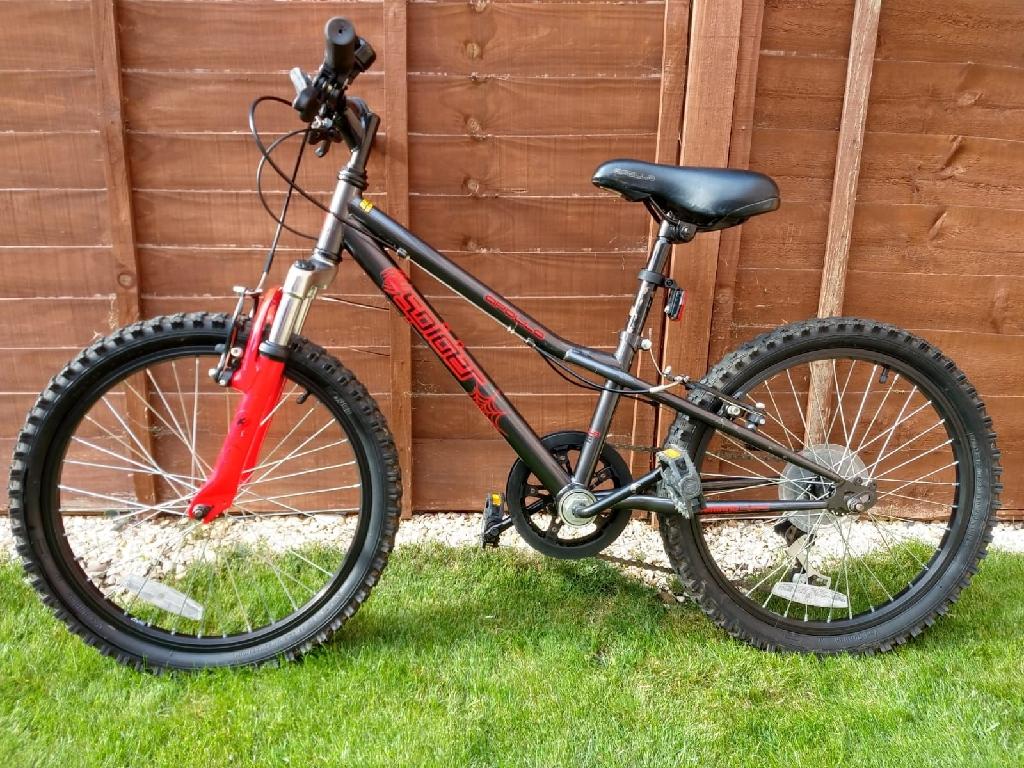 Halfords bike