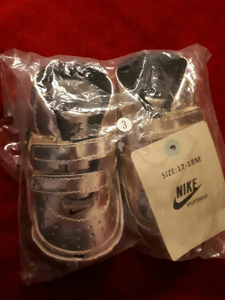 Baby pram shoes 12-18 months