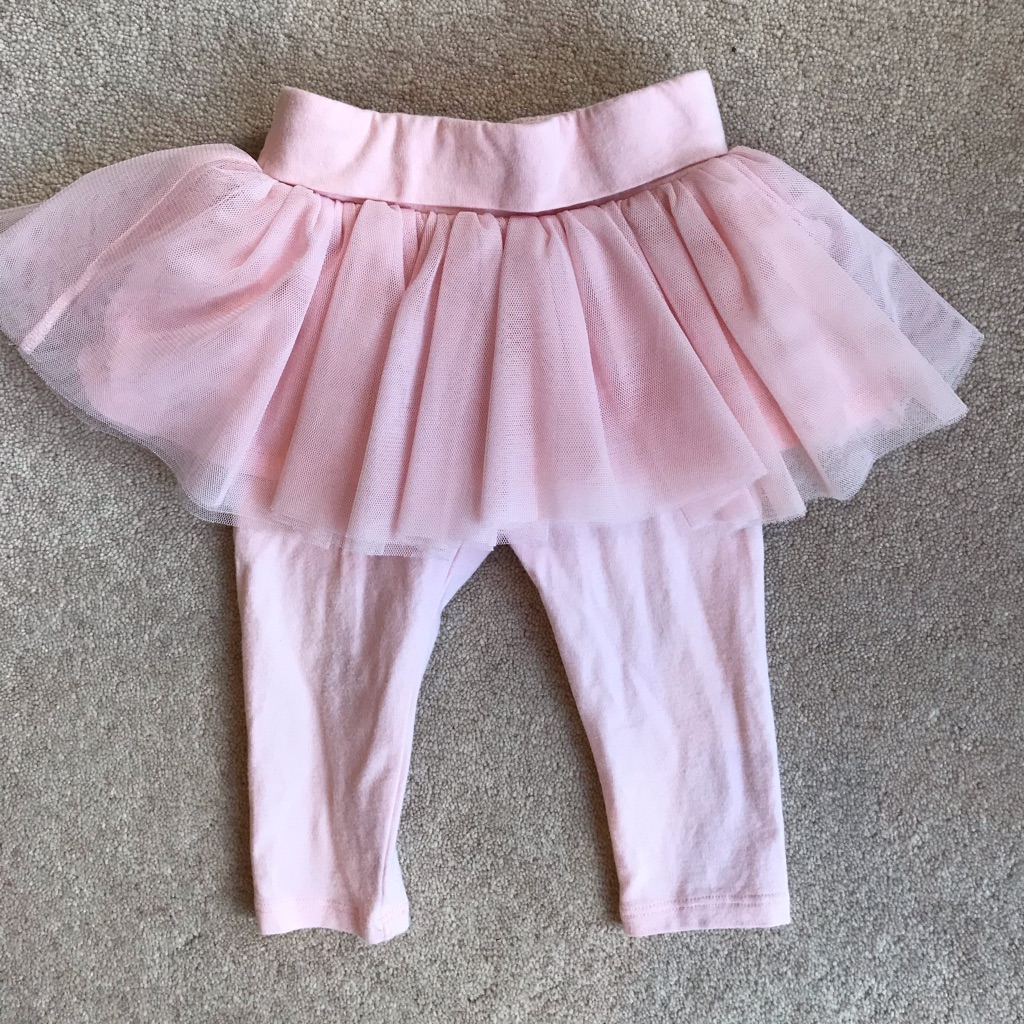 6-12 months Gap leggings with tutu attached