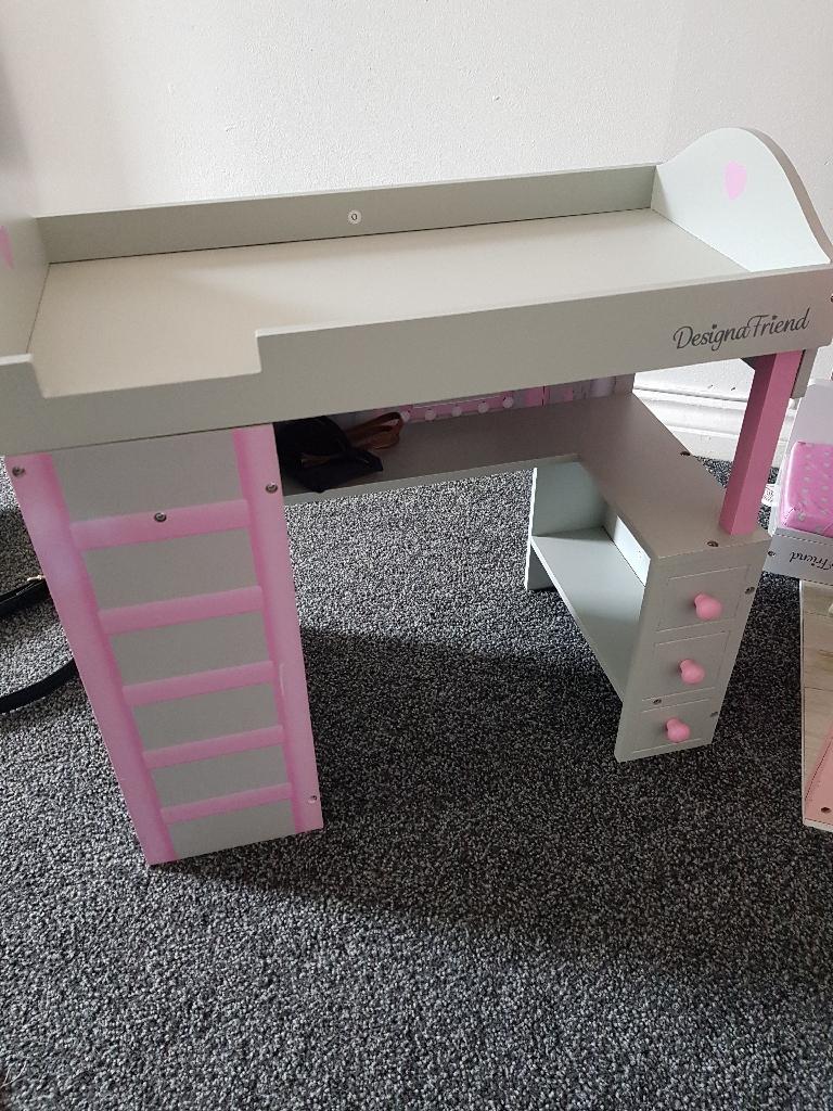 Designer friend furniture bubdle