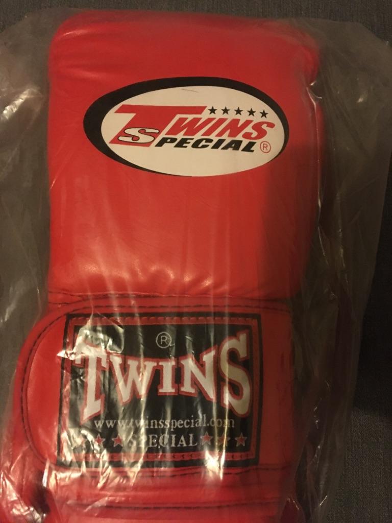 Twins gloves 14oz