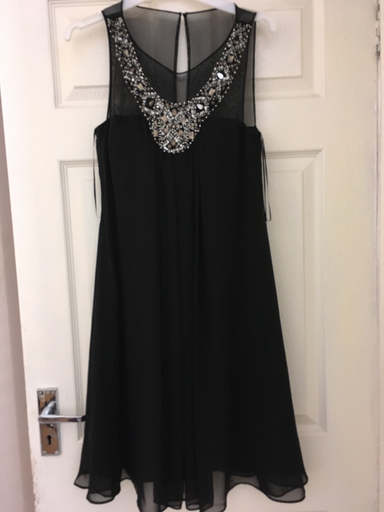 Black evening gown size 6