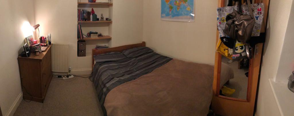 Lovely medium size room in Hackney Downs