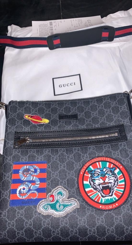 Gucci Messenger Pouch