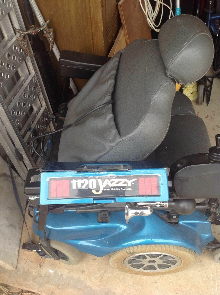 Jazzy 1120 electric wheelchair