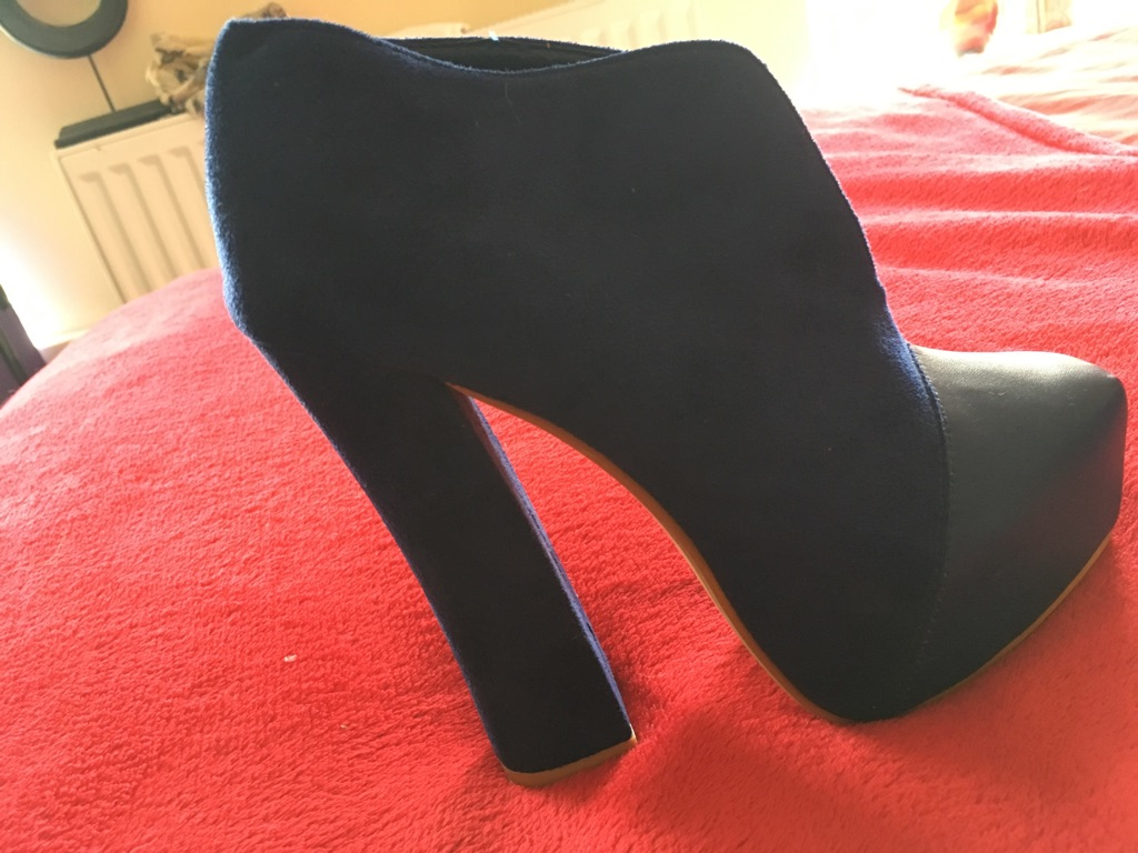 Royal blue shoe boots size 7