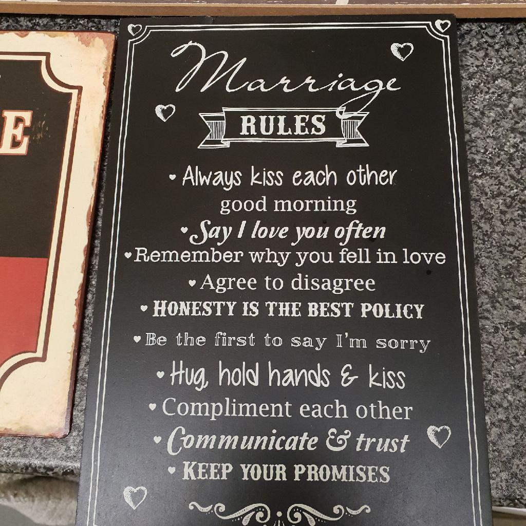 Marriage rules black sighn
