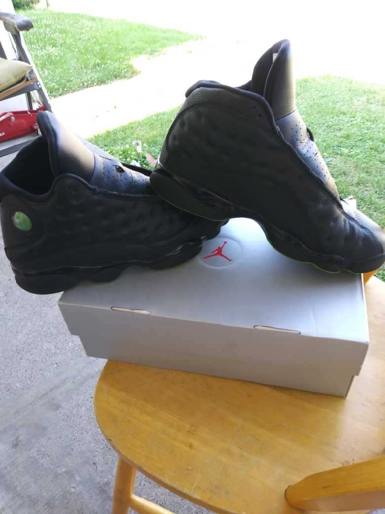 Jordan 13 black n green