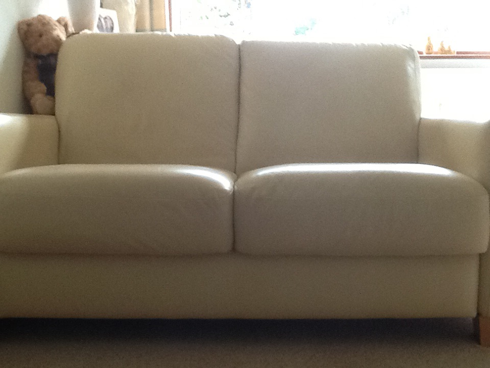 2 settees,1 two seater and 1 three seater
