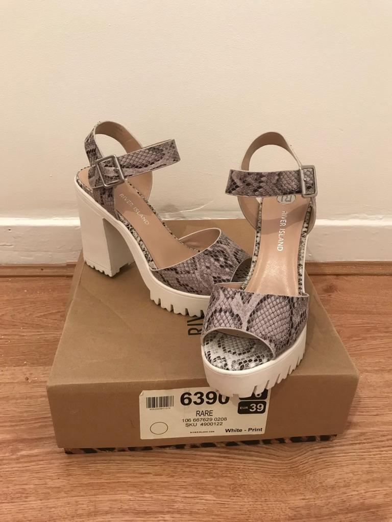 *LIKE NEW* River island snake print heels. Size 6.