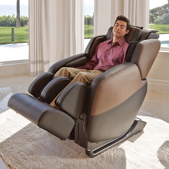 Renew Zero-Gravity Massage Chair by Brookstone