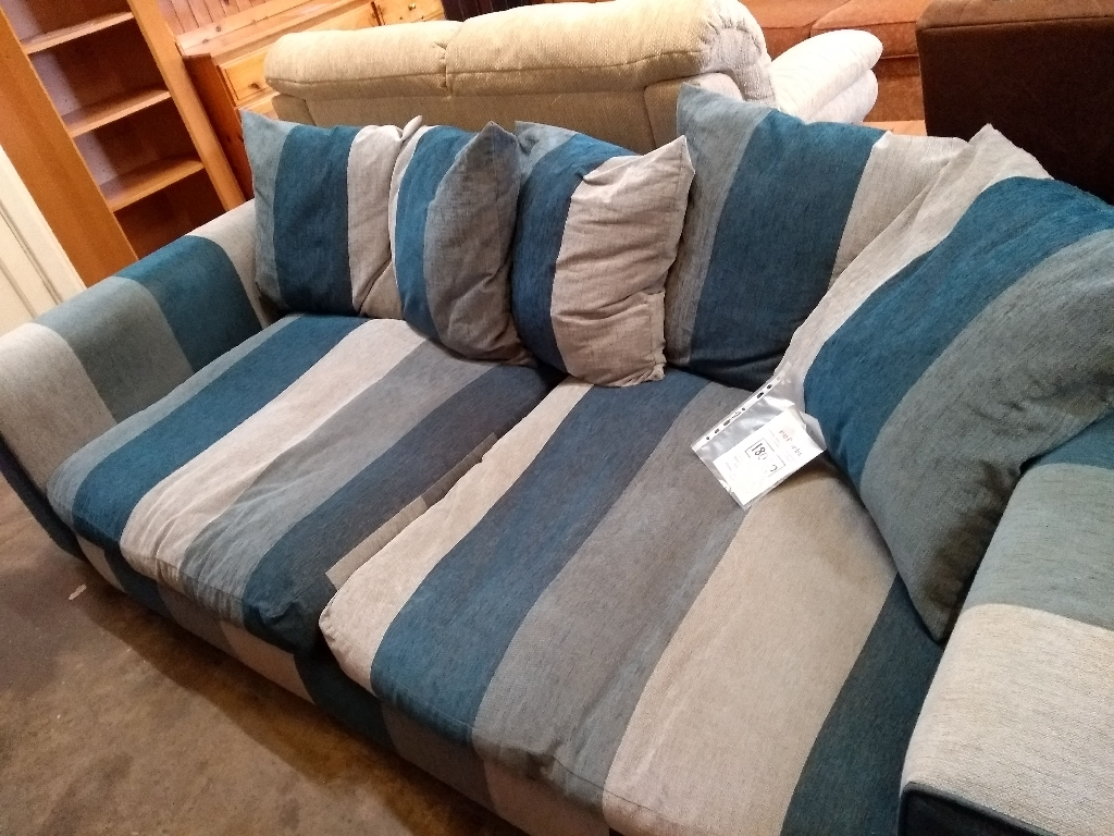 3+ seat sofa £75  *free delivery this Sunday 7th July Chester *